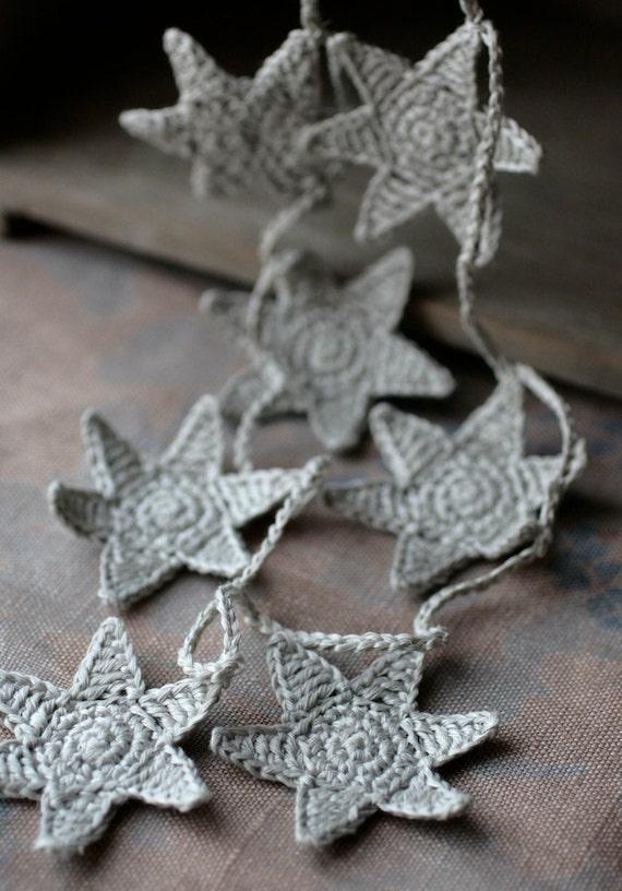 Crochet Garland - Wall Hanging - Small Bunting - Stars garland- Putty