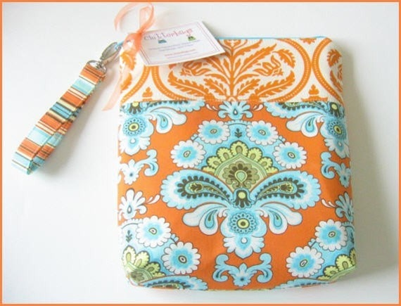 Made To Match Diaper And Wipes Case in Your Choice Of Fabrics With Zipper Closure One Interior Pocket And Detachable Strap.