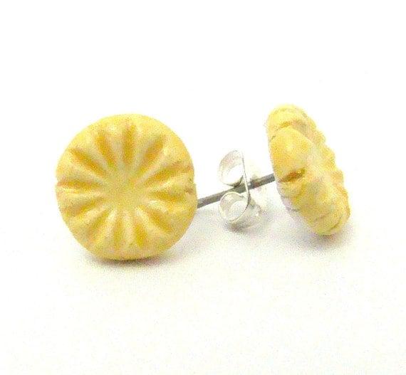 Ceramic Stud Earrings - Lemon Yellow Burst