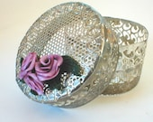 Pearly Pink Rose Cluster on Round Metal Box