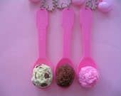 Sweet Shoppe Ice Cream On a Spoon Necklace