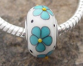 Ivory with Turquiose Daisies - European Style Silver Cored Bead - SRA