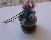 amigurumi soft, mobile phone hanger,cell phone or purse charm, colgante movil, crochet