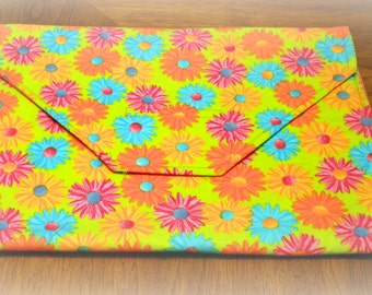 Spring has sprung with this Bright and Colorful Needlework Project Envelope