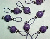 Stitch Markers - Purple Fossil Beads On Lavender Wire With Storage Tin  - US 10 - Set of 8 - Item No. 784