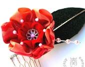 SALE - Sazanka Winter Flower Vintage Kimono Tsumami Kanzashi Comb with Phinestone and Peal Beads