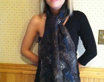 No.10 Nuno cobweb scarf dark gray with silk