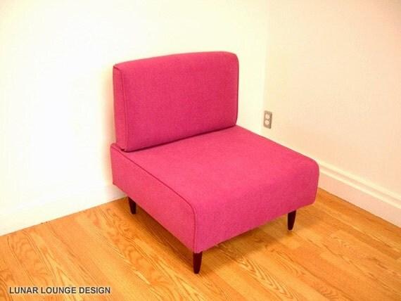 Bokz  Lounge Chair Eames Era Mid Century Classic Design PINK