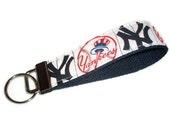 Wristlet Key Chain Ring Fob New York Yankees Baseball