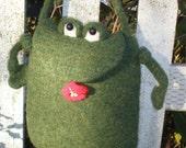 PDF Pattern Frog Bag/Purse to crochet and felt