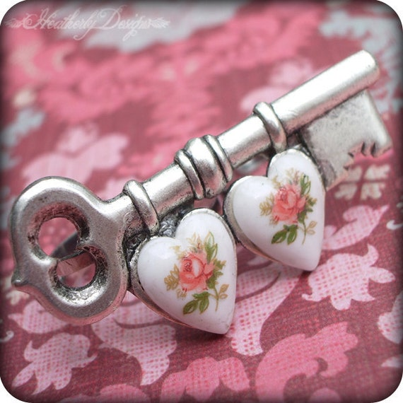 Two Hearts as One: antiqued silver double knuckle skeleton key adjustable ring
