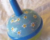 Hand Painted Love Boxes Blue Daisy Spinning Spin Top Wood