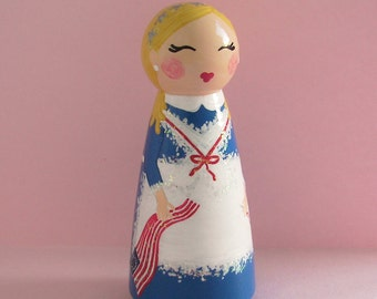 Hand Painted Love Boxes Betsy Ross Peg Doll Wood