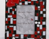 Free Shipping  USA  Mosaic Picture Frame Two Hearts Black and Red 4x6
