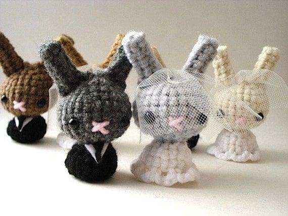 Custom Bride and Groom Moon Buns - Amigurumi Bunny Rabbits