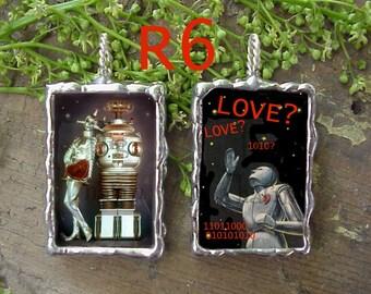 Robot Love Pendant Charm R6L