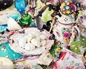 Mad Tea Party - Spilled Tea Cups
