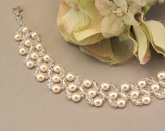 Cream Pearl and Crystal Bridal Bracelet, Wedding Day Jewelry, Pearl Bracelets, Wedding Bracelets