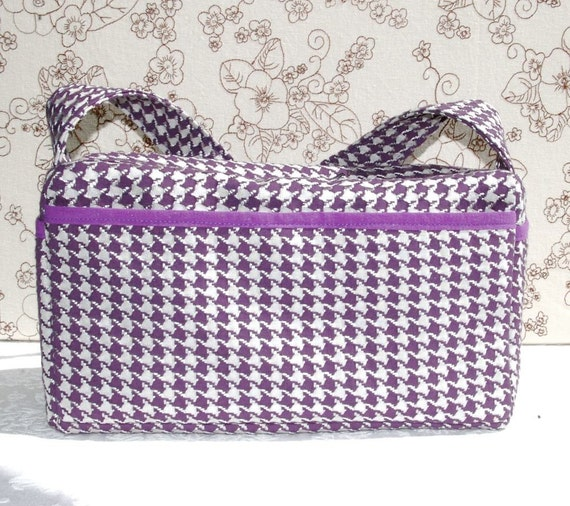 Medium Purple Hounds Tooth Handbag with Zipper and Lots of Pockets for Organizing