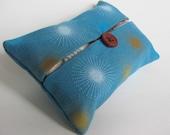 Starburst Tissue Cozy
