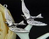 CH-ME-09135-  Nickel Free silver plated, Flying hummingbird, 4 pcs