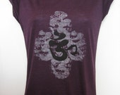 Organic Bamboo OM AUM Sanskrit short raglan sleeve yoga shirt