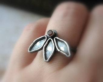 Lotus Ring in Sterling with Garnet