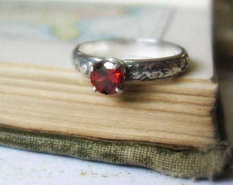 Engagement Ring or Promise Ring Garnet Gemstone Stacking Ring in Sterling Silver Garnet Gemstone Solitaire Ring with Leaf Patterned Band
