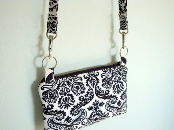 Small Zippered Purse with Detachable Strap-Black and White Damask