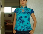 DIY reconstructed blue flowers top