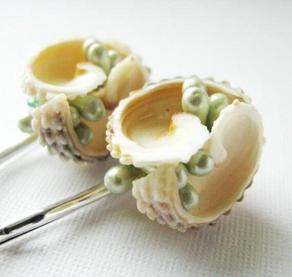 Beach Wedding No3,  Vintage Seashell Hair Pin Set, Coastal Wedding, Soft Green