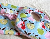 McMonkey Apples and Pears Spit Catchers and Bib Set