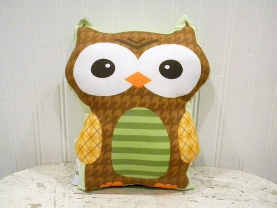 PETUNIAS' Owl Pillow