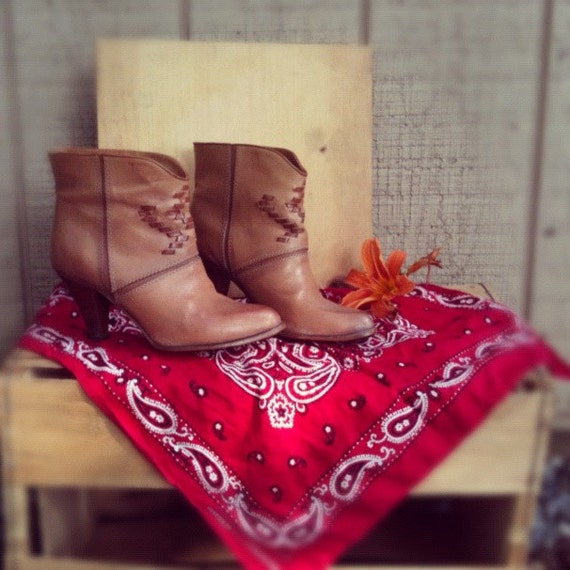 VINTAGE Leather Ankle Booties with Southwestern Motif