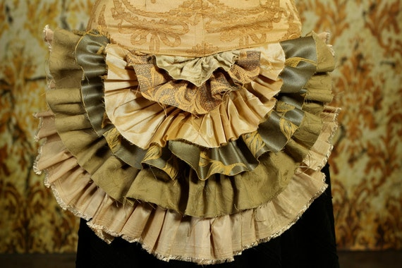 Tattered Bustle Ruffle in Soft Green and Gold