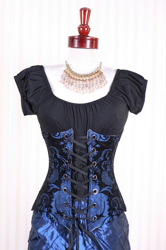 Waist 26 to 28 Black and Blue Medallion Torian