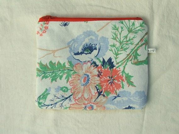 vintage linen purse- blue poppies