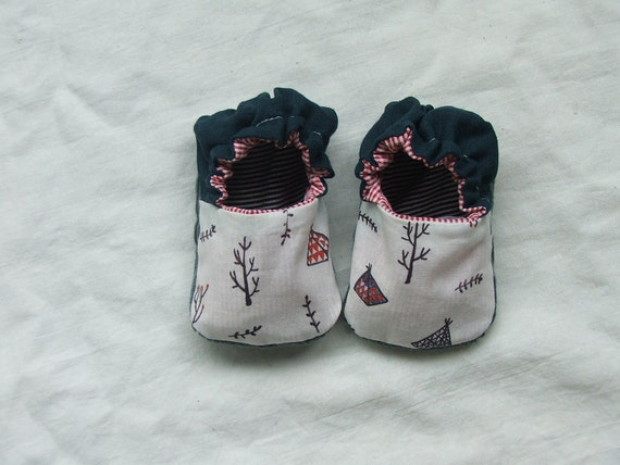 climbing trees baby shoes sz 0-6 mths