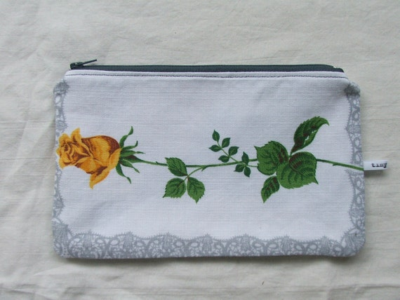 vintage linen purse- yellow and grey rose pattern