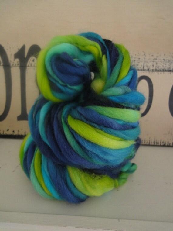 PEACOCK   handspun thick and thin yarn