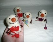 lil knitting snowman - needle felt Christmas decoration