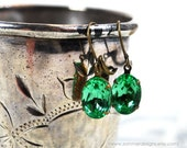 Emerald Green Faceted Glam Earrings FREE SHIPPING