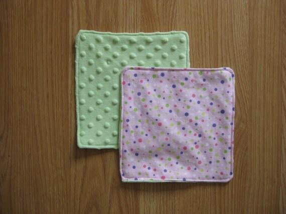 Bubbly burp cloths