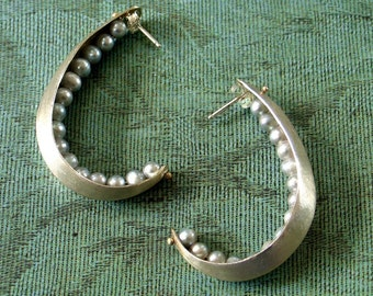 Peapod Hoop Earrings