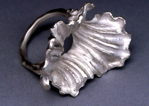 Carved Ring-Double Petal Dividing
