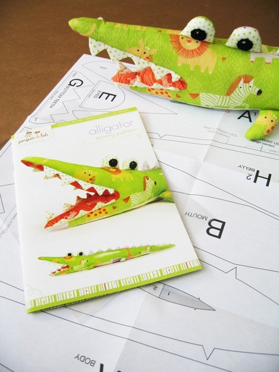 Alligator Sewing Pattern - printed booklet and template