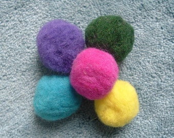 5 Large Felted Wool Felt Beads Balls 4-5 Cm.