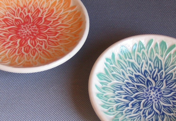 Mini Dishes with Dahlias.... Set of Two... In Stock