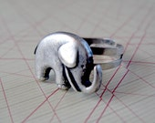 Good luck elephant adjustable ring
