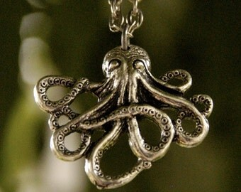 Lil Silver Octo Necklace